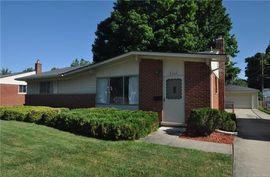 31602 Fonville Street Livonia, MI 48152 Photo 5
