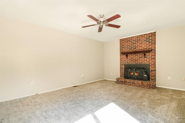 43589 Fredericksburg Street - Photo 13