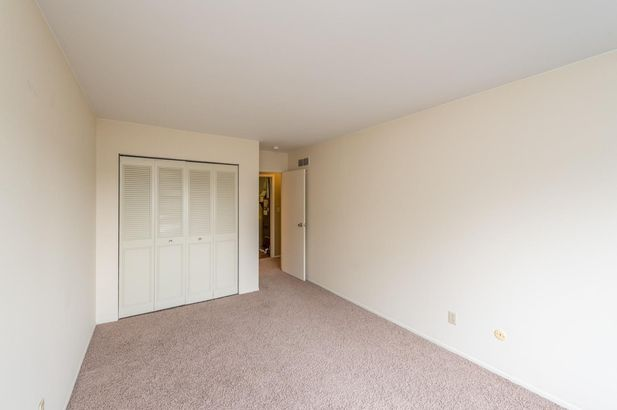 736 Watersedge Drive - Photo 15