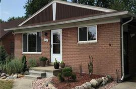27930 Little Mack St. Clair Shores, MI 48081 Photo 7