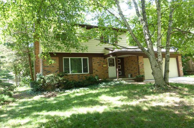 548 Old Creek Drive Saline MI 48176