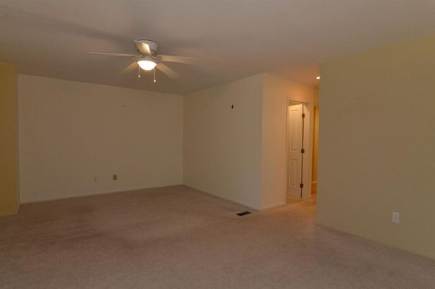 627 Ridgewood Court - Photo 13