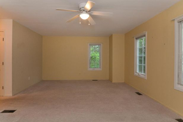 627 Ridgewood Court - Photo 14