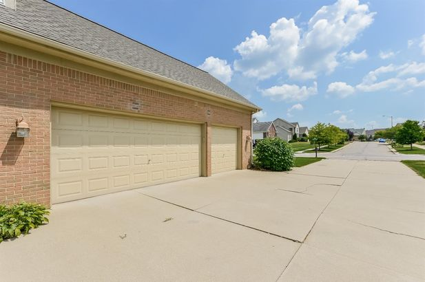 1650 Woodcreek Boulevard - Photo 42