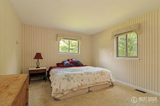 5925 Pine View Drive - Photo 23