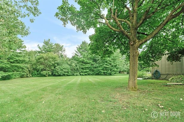5925 Pine View Drive - Photo 35