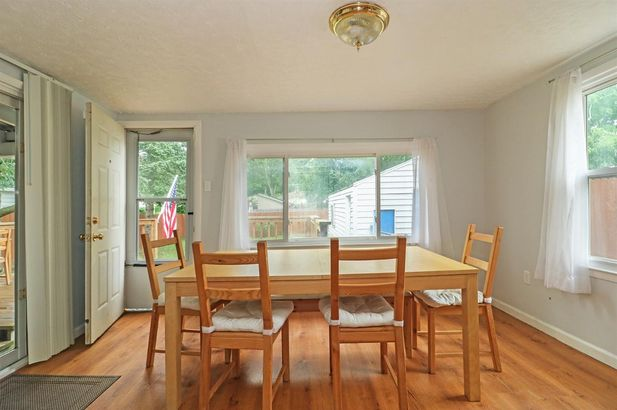 589 Kennedy Avenue - Photo 14
