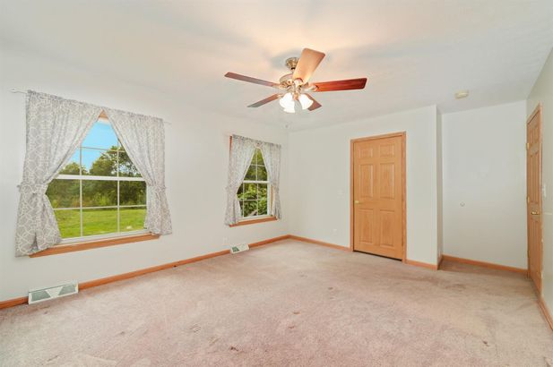 8777 Dunn Road - Photo 15