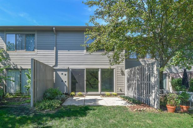 740 Peninsula Court - Photo 23