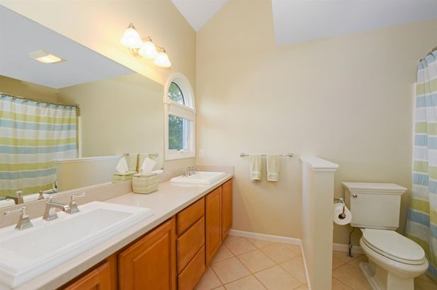 621 Creekside Court - Photo 23