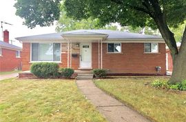 24921 WARRINGTON Avenue Eastpointe, MI 48021 Photo 7