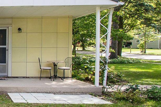 3060 Lakewood Drive - Photo 8
