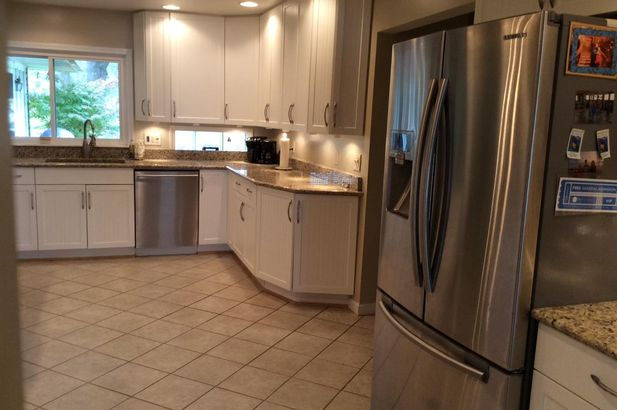 21190 East River Road - Photo 3