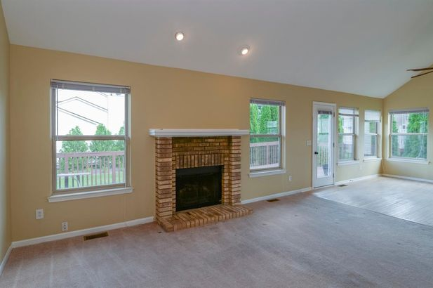 5513 Redbud Court - Photo 9