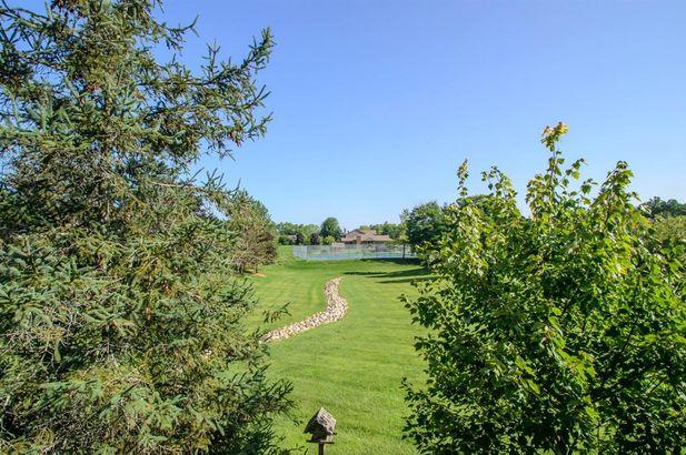 1261 Laurel View Drive - Photo 43