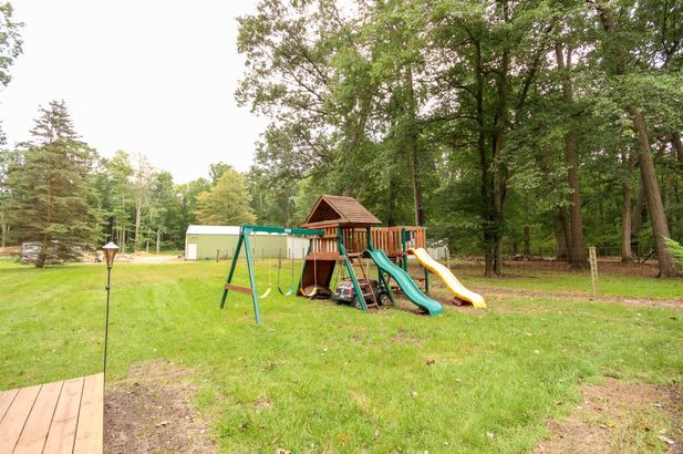 11991 Snell Road - Photo 33