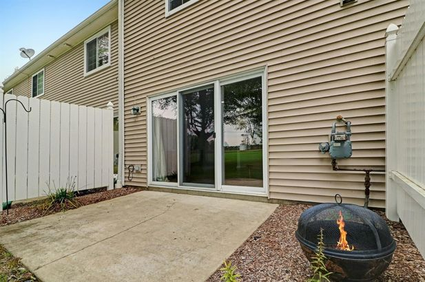 698 West Middle Street - Photo 21