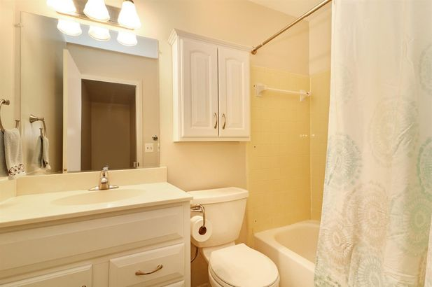 2640 Fenwick Court - Photo 11