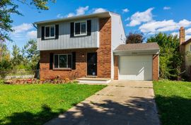 9360 Panama Avenue Ypsilanti, MI 48198 Photo 4