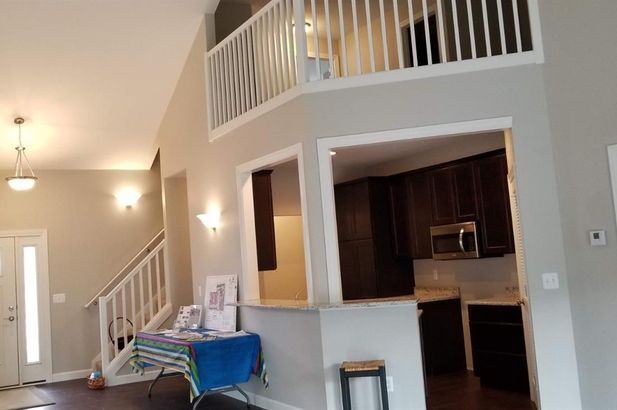 108 East Henry #810 - Photo 26