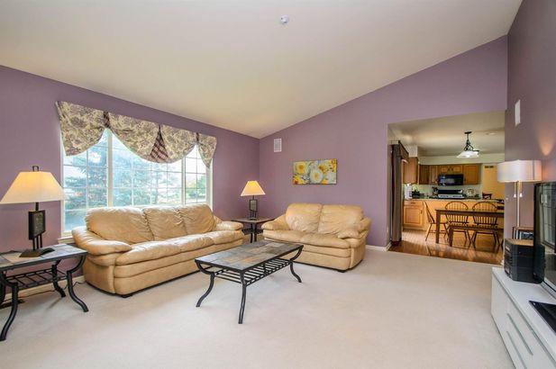 5862 Cedar Ridge Drive - Photo 16