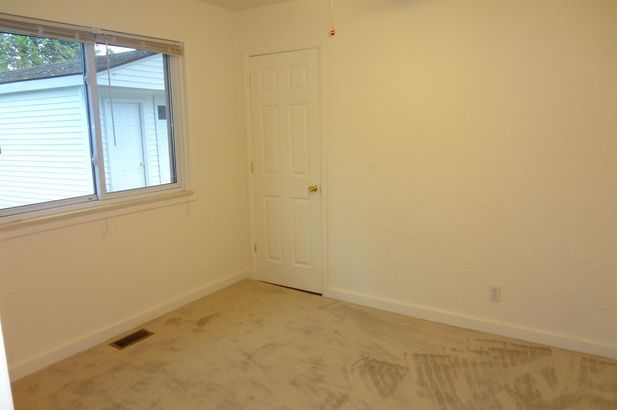 1385 Hawthorne Avenue - Photo 14