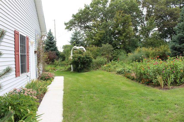 10461 Pauline Drive - Photo 50