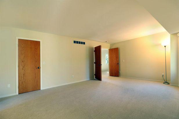 2115 Crestland Drive - Photo 29