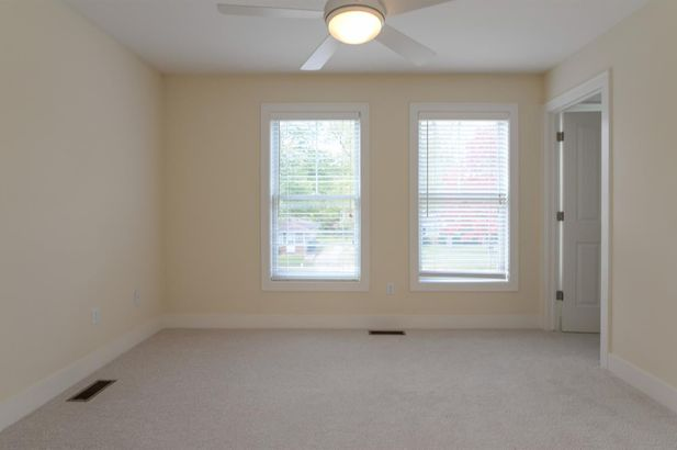 411 Montgomery Avenue - Photo 22