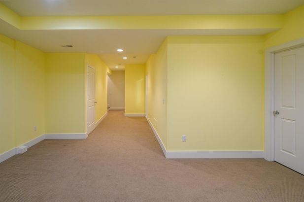 411 Montgomery Avenue - Photo 25