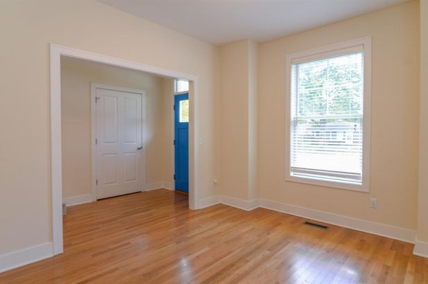 411 Montgomery Avenue - Photo 4