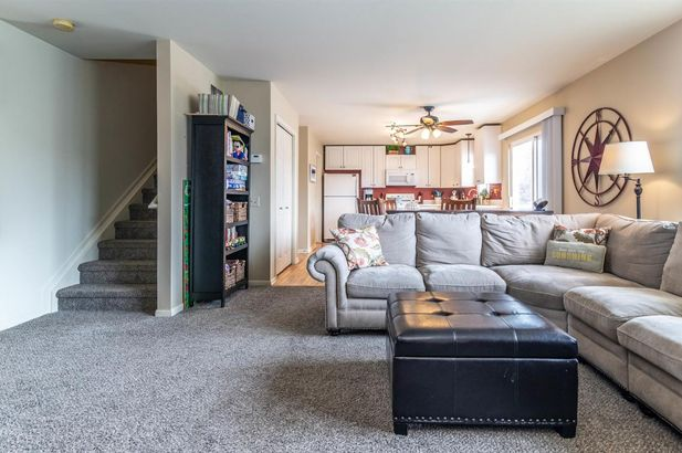 6407 Oakhurst Drive - Photo 8