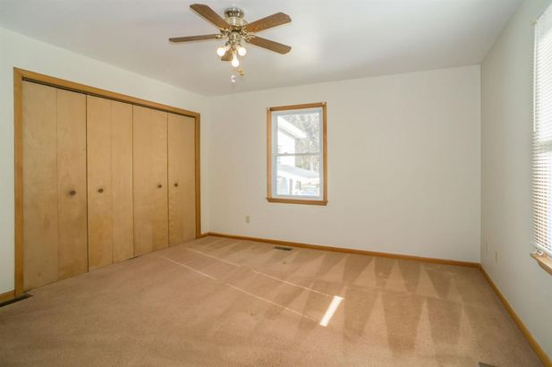 577 Lakeview Avenue - Photo 19