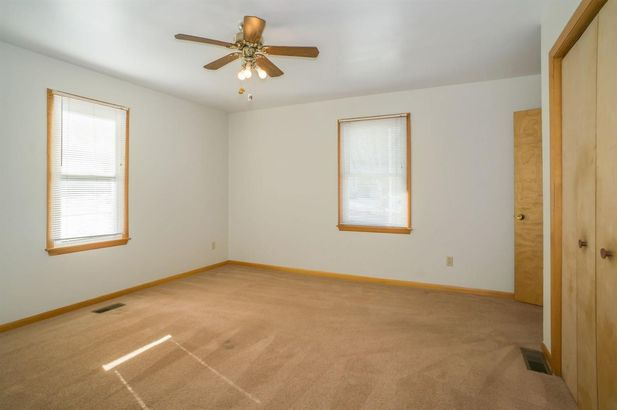 577 Lakeview Avenue - Photo 20