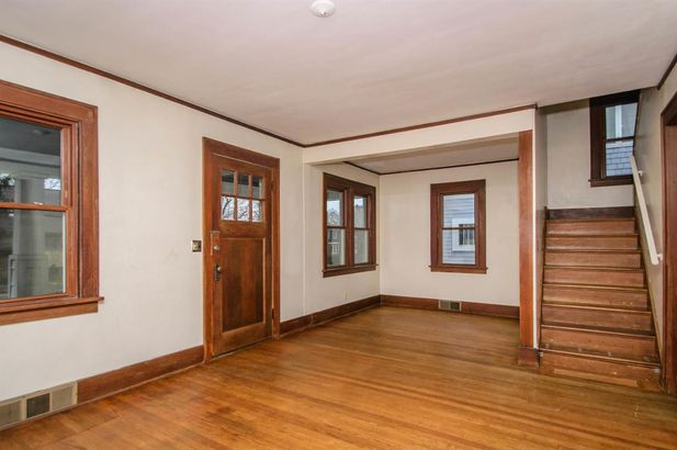 1607 Abbott Avenue - Photo 3