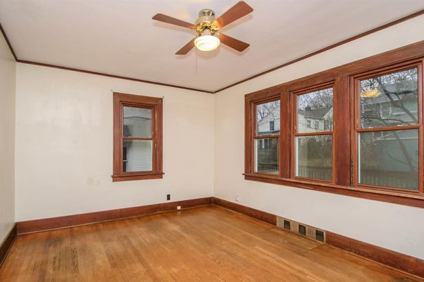 1607 Abbott Avenue - Photo 6