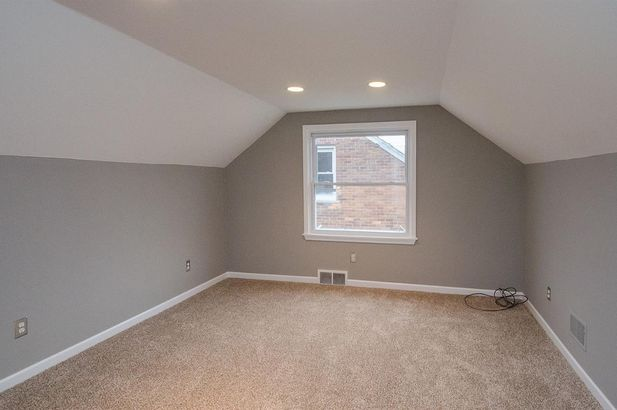1732 Huntington Boulevard - Photo 37