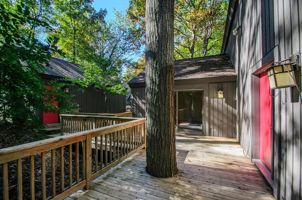 3995 Waldenwood Drive - Photo 48