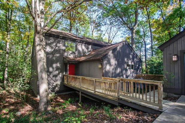 3995 Waldenwood Drive - Photo 50