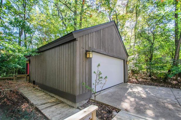 3995 Waldenwood Drive - Photo 51