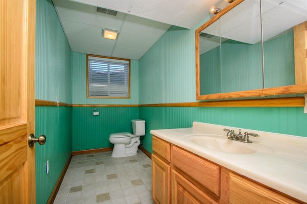 2219 Old Falls Drive - Photo 32