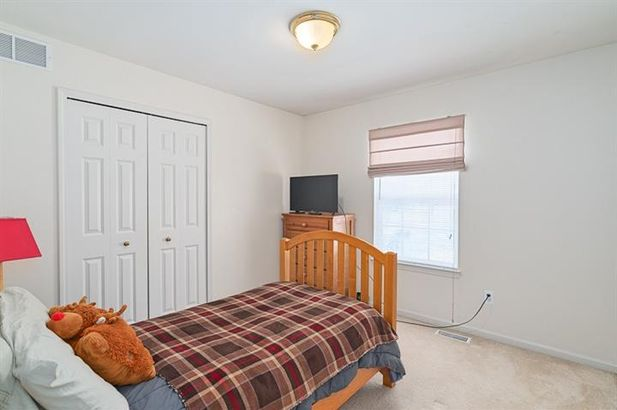 6980 Wellington Court - Photo 23