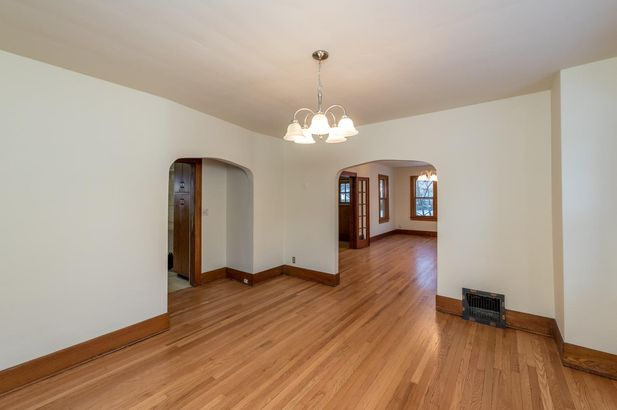1220 Brooklyn Avenue - Photo 11