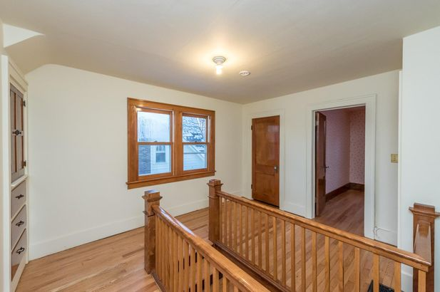 1220 Brooklyn Avenue - Photo 21