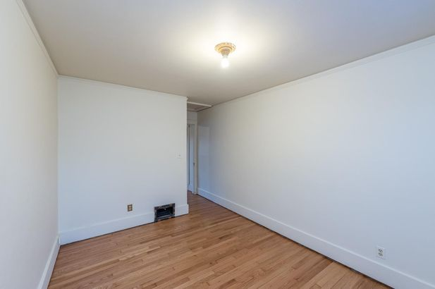 1220 Brooklyn Avenue - Photo 30