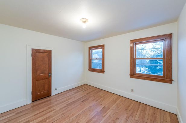 1220 Brooklyn Avenue - Photo 31