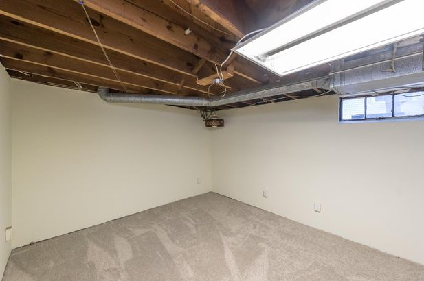 1220 Brooklyn Avenue - Photo 40