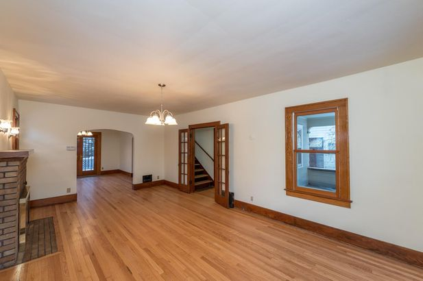 1220 Brooklyn Avenue - Photo 5