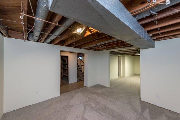 1220 Brooklyn Avenue - Photo 41