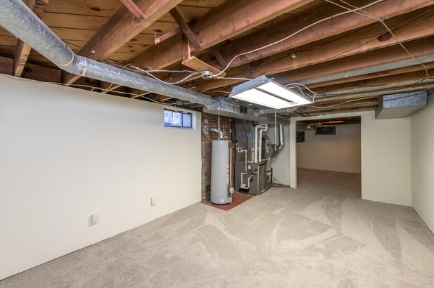 1220 Brooklyn Avenue - Photo 43